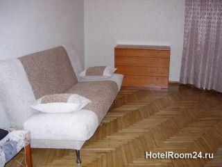 Двухкомнатная квартира на сутки рядом с метро «Менделеевская»